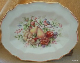 "Hand Decorated Oval Plate Wedgwood for Avon Products 1976 Fruit & Bird 8.75"" - $24.00"