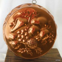 Vintage Copper Fruit Design Round Jello Aspic Mold Wall Hanger Portugal ... - $20.00