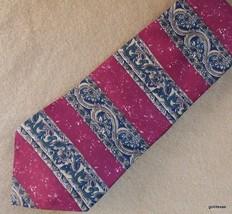 Tommy Hilfiger  Men's Tie Stripe Dark Red and Gold Signature Lining 100% Silk - $23.40