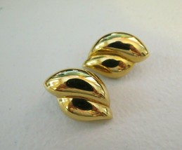 """Monet Clip Earrings Luxury Gold Plated Smooth Swirl Design 1"""" High Nice ... - $14.84"""