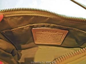 COACH SIGNATURE C FABRIC AND LEATHER POUCHETTE HANDBAG PURSE WRISTLET SOFT GREEN