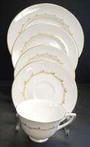 Royal Doulton Rondo Pattern Five Piece Place Setting - $15.95