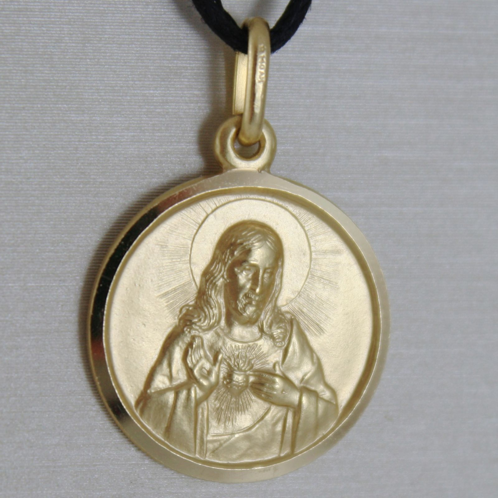 SOLID 18K YELLOW GOLD SACRED HEART OF JESUS 17 MM ROUND MEDAL, MADE IN ITALY