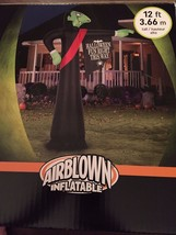 New 12' Halloween Gemmy Vampire Directing People to Fun Airblown/Inflatable - $128.69