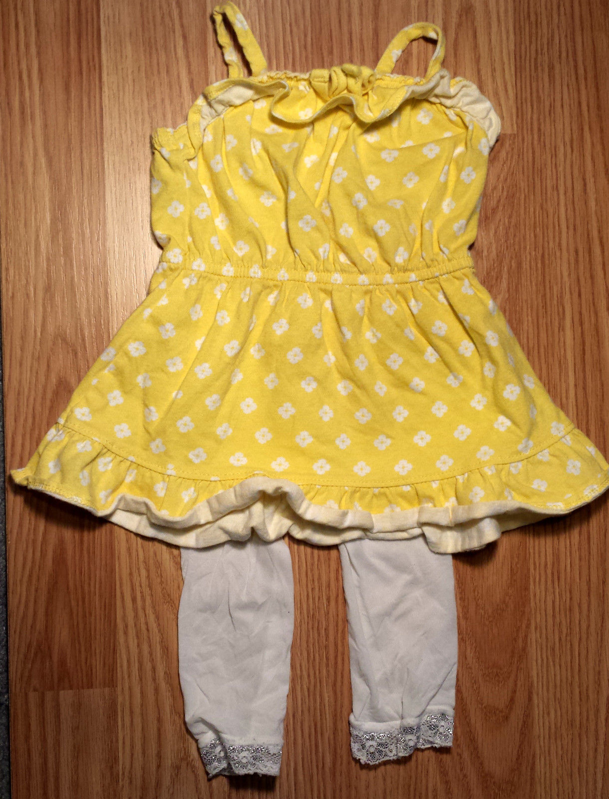 Girl's Size 6-9-12 2 Piece Yellow Floral Ruffled Old Navy Dress & Laced Tights