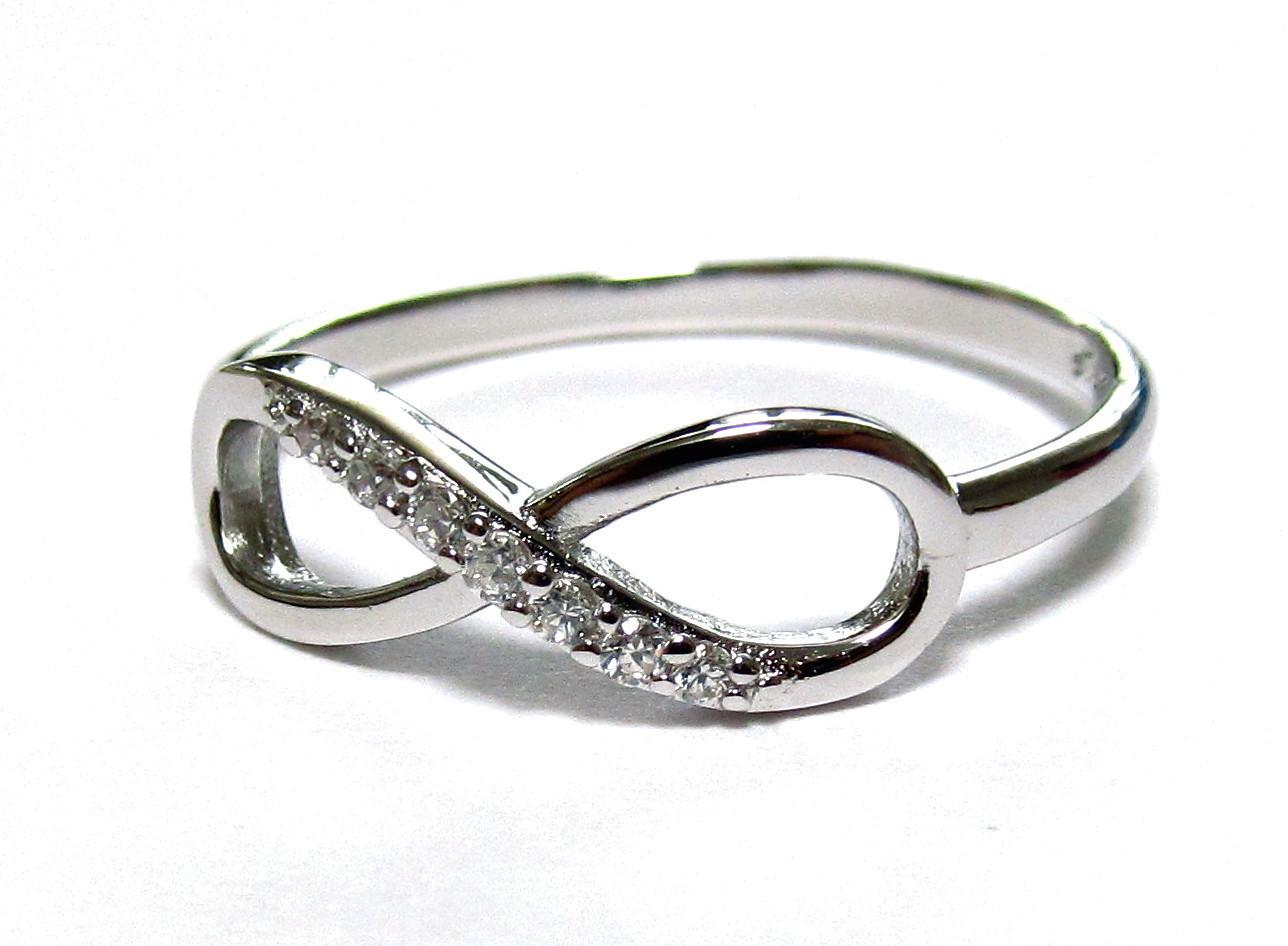 Half cz rh infinity ring