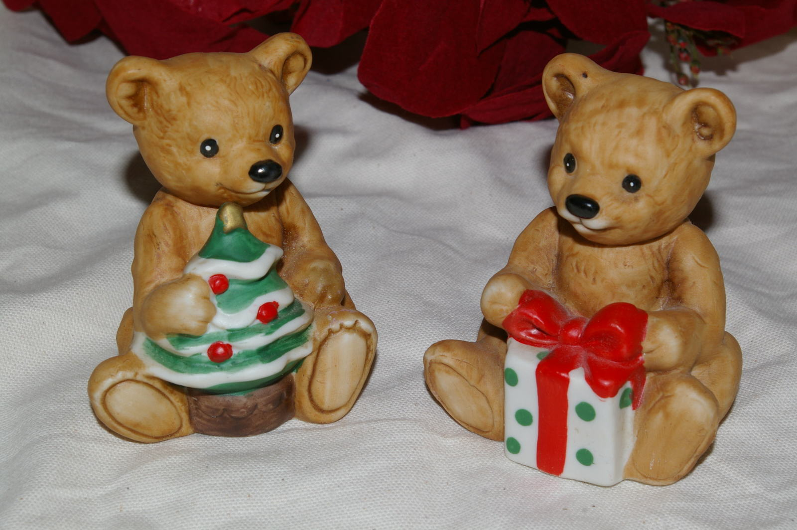 Primary image for Homco Christmas Bears Pair 5505 Home Interiors