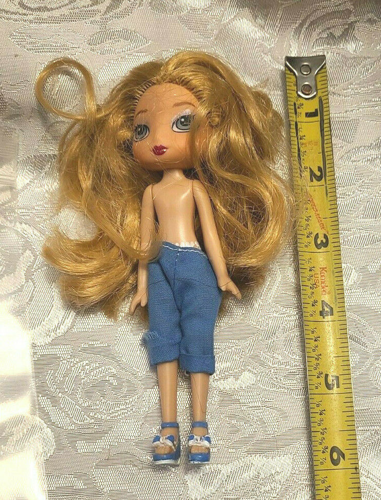 Vintage Doll TM & MGA made in china  Bratz? Clothes Included as shown (BR3)