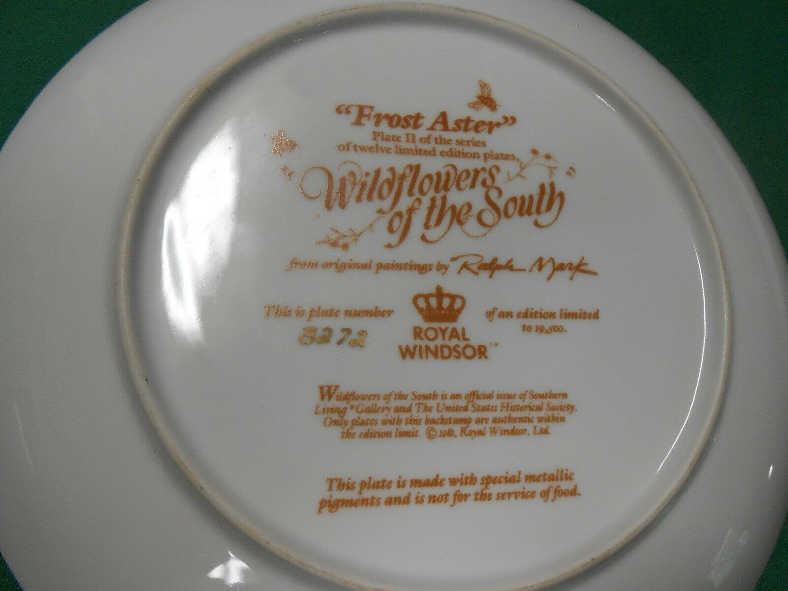 """Southern Living Royal Windsor /""""Wildflowers of the South/"""" plates Excellent!"""
