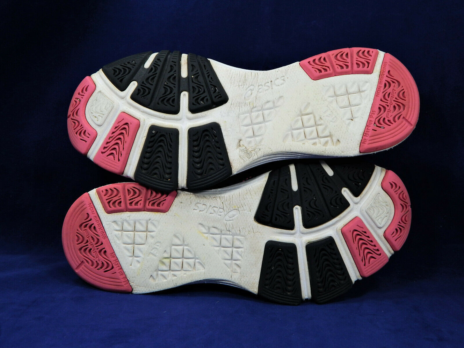 Asics Gel Assert TR Training / Running Shoes / Sneakers Women's Size 7  S460N