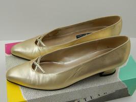 Vtg Women's 7.5 Aa Stuart Weitzman Glo Gold Dancer Rhinestone Shoes, w/box Fair - $11.29