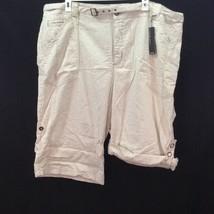 Lane Bryant Capris Crop Pants Venezia Size 28 Capri Tan White Cotton NWT Pockets - $22.72