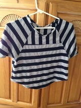 no label striped grey & blue top juniors size small - $19.99