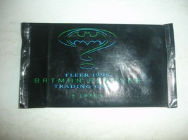 1 Pack 1995 Fleer Batman Forever Trading Cards Lot Jim Carry Tommy Lee Jones - $0.99