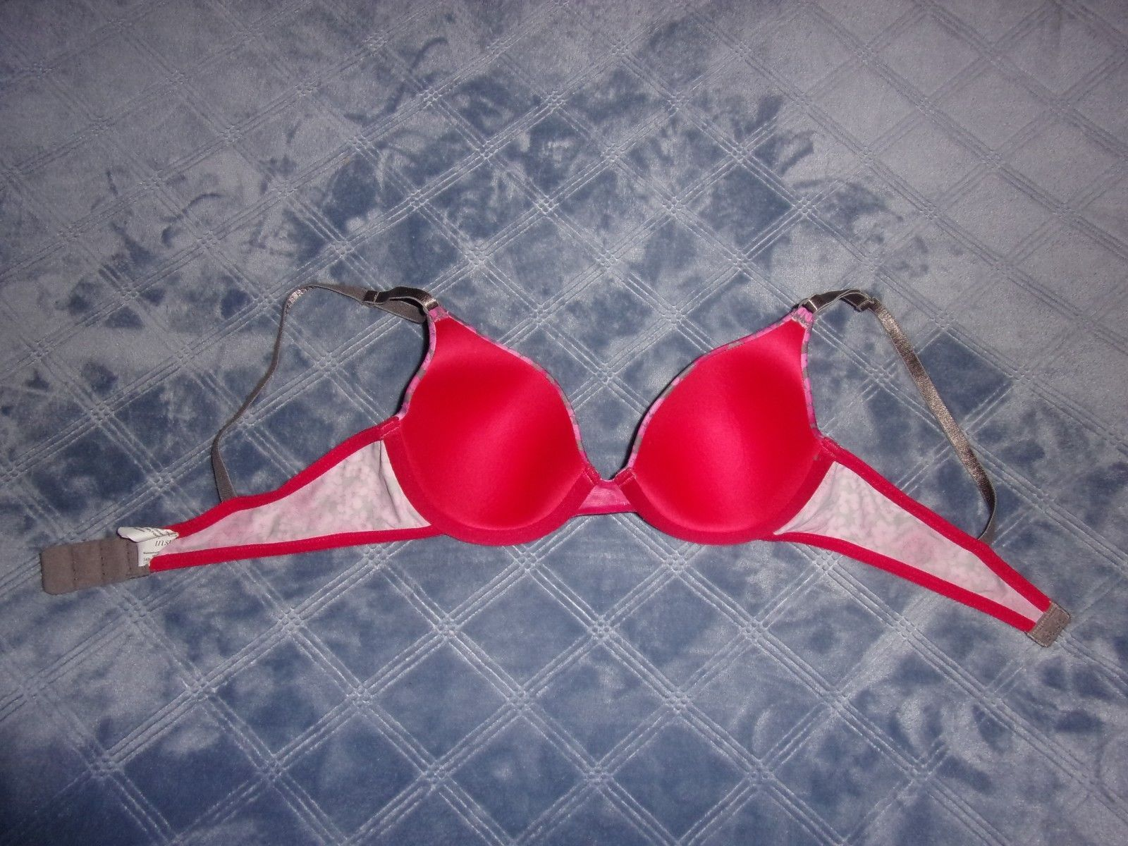 131890428f ... 34B GUC Inspirations by Maidenform Contour Cup Underwire T-Shirt Bra  06559