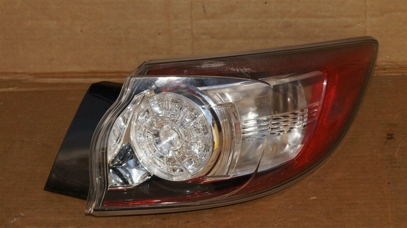 10-13 Mazda3 Mazda 3 Hatchback LED Outer Tail Light Taillight Passenger Right RH
