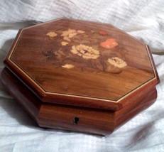 Vintage Wood Inlaid Marquetry Flowers Reuge Mus... - $54.00