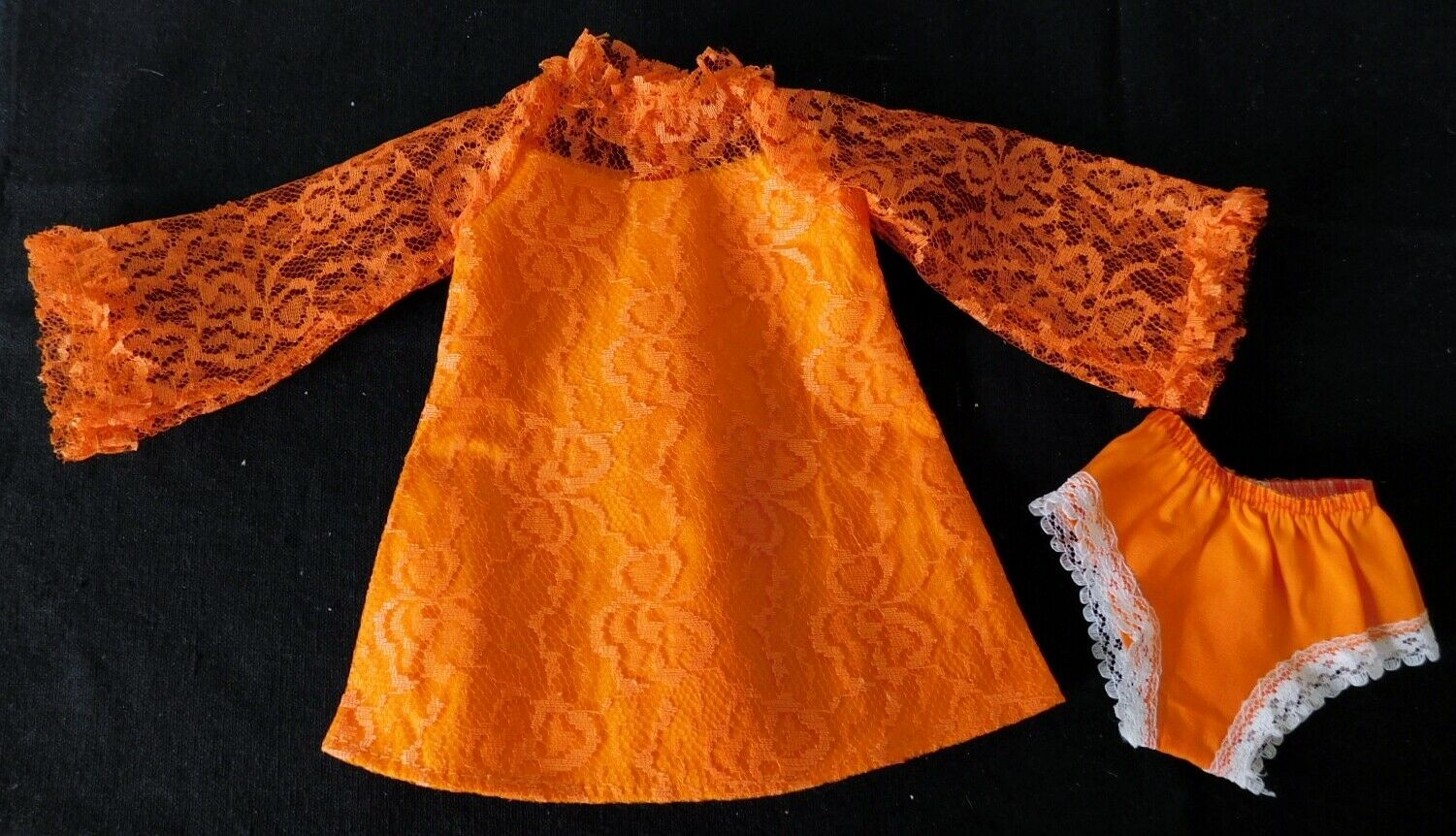Primary image for 1969 IDEAL CRISSY ORANGE LACE DRESS & PANTIES Crisp Factory Overstock MIP