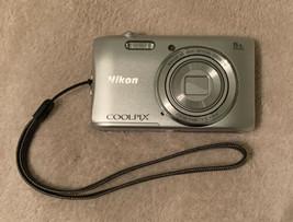 nikon coolpix camera   s3600     b1.01 - $17.60