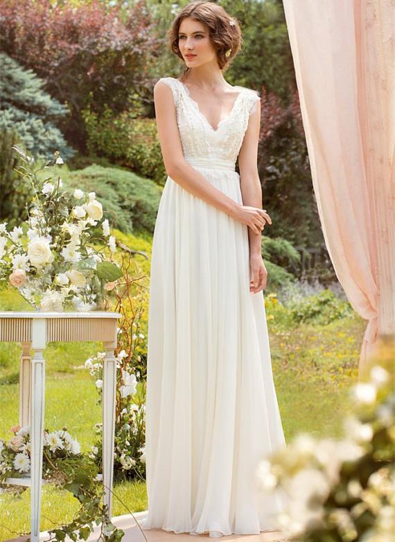 White V-Neck Beach Wedding Dress Chiffon Bohemian Wedding Gowns A Line Women