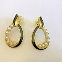 Trifari Black Enamel Pearl Cluster Gold Tone Pierced Earrings Vintage  - $15.83