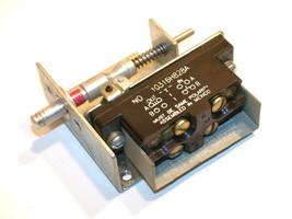 Up To 2 Eaton Door Interlock Switch 10316H1028 - $79.00