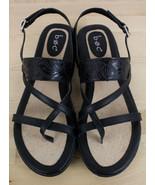 Born BOC Sophina Black Tooled Toe Loop Sandals Strap Back Women's Size 9 - $29.99