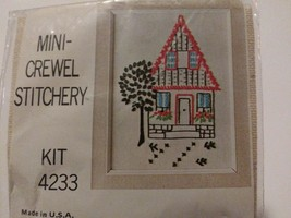 Mini Crewel Embroidery Kit Needle Stich Hook Latch 4233 New Sealed Pack NOS - $14.52