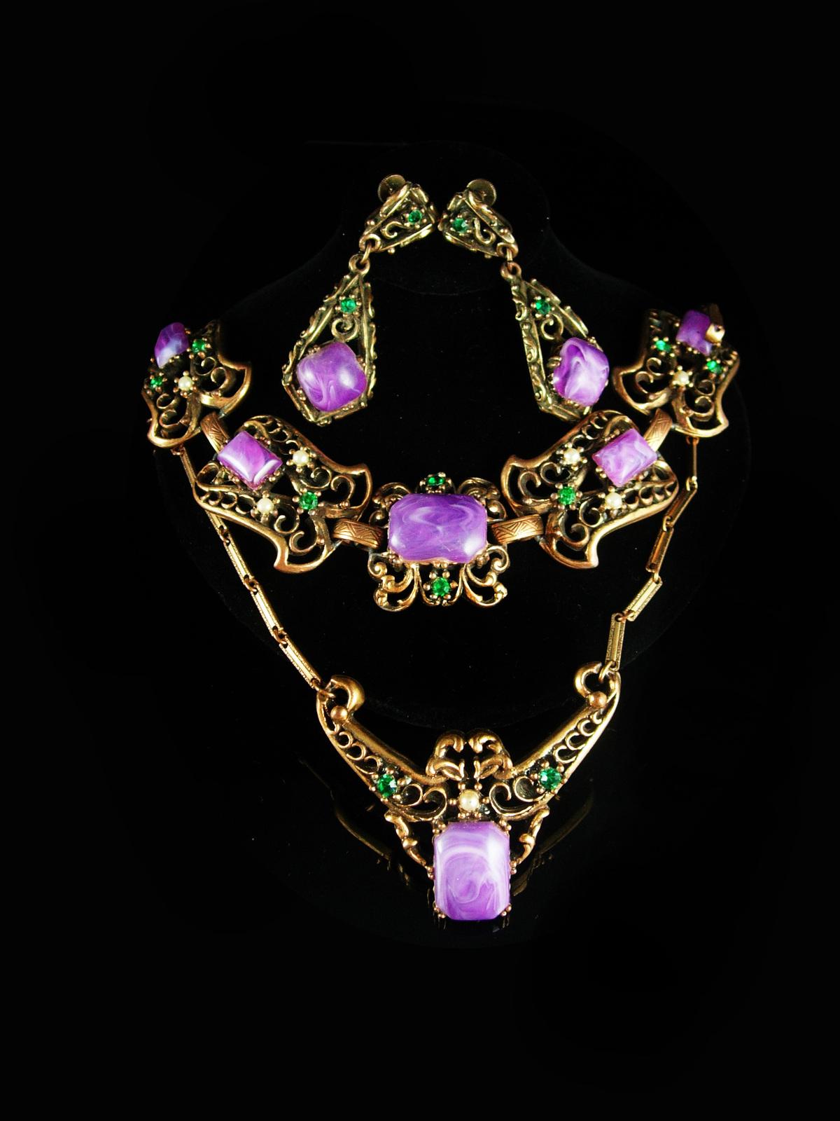 Purplesuffragetteparure