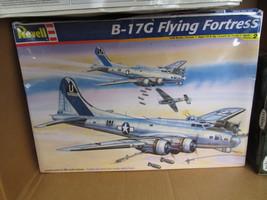 REVELL MONOGRAM B-17G FLYING FORTRESS 1/48 SCALE - $35.00