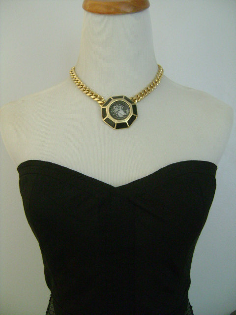 Vintage TAT Shiny Goldtone Cuban Curb Link Chain Necklace W/ Black Enamel Pewter