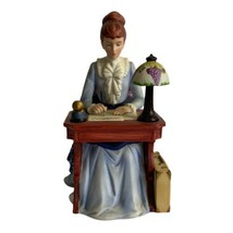 Avon 1985 Mrs Albee Figurine Presidents Club Representative Award - Full... - $29.09