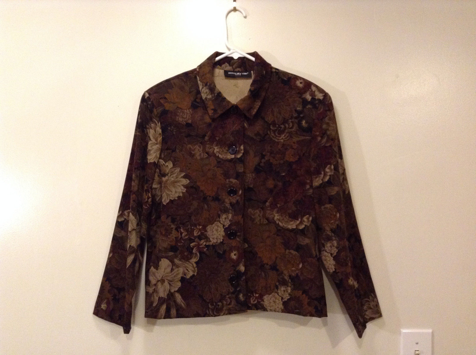Ladies Briggs New York Petite Jacket Lightweight Brown Floral, Size PM Unlined