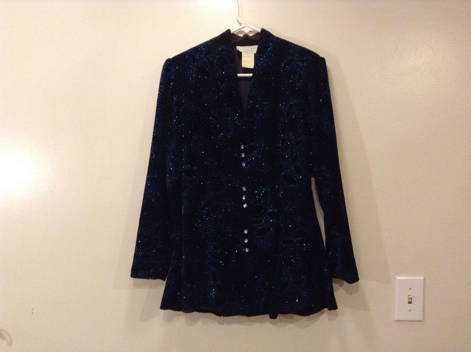 Ladies Evening Gunne Sax by Jessica McClintock Black Velvet Sparkly Jacket Size?