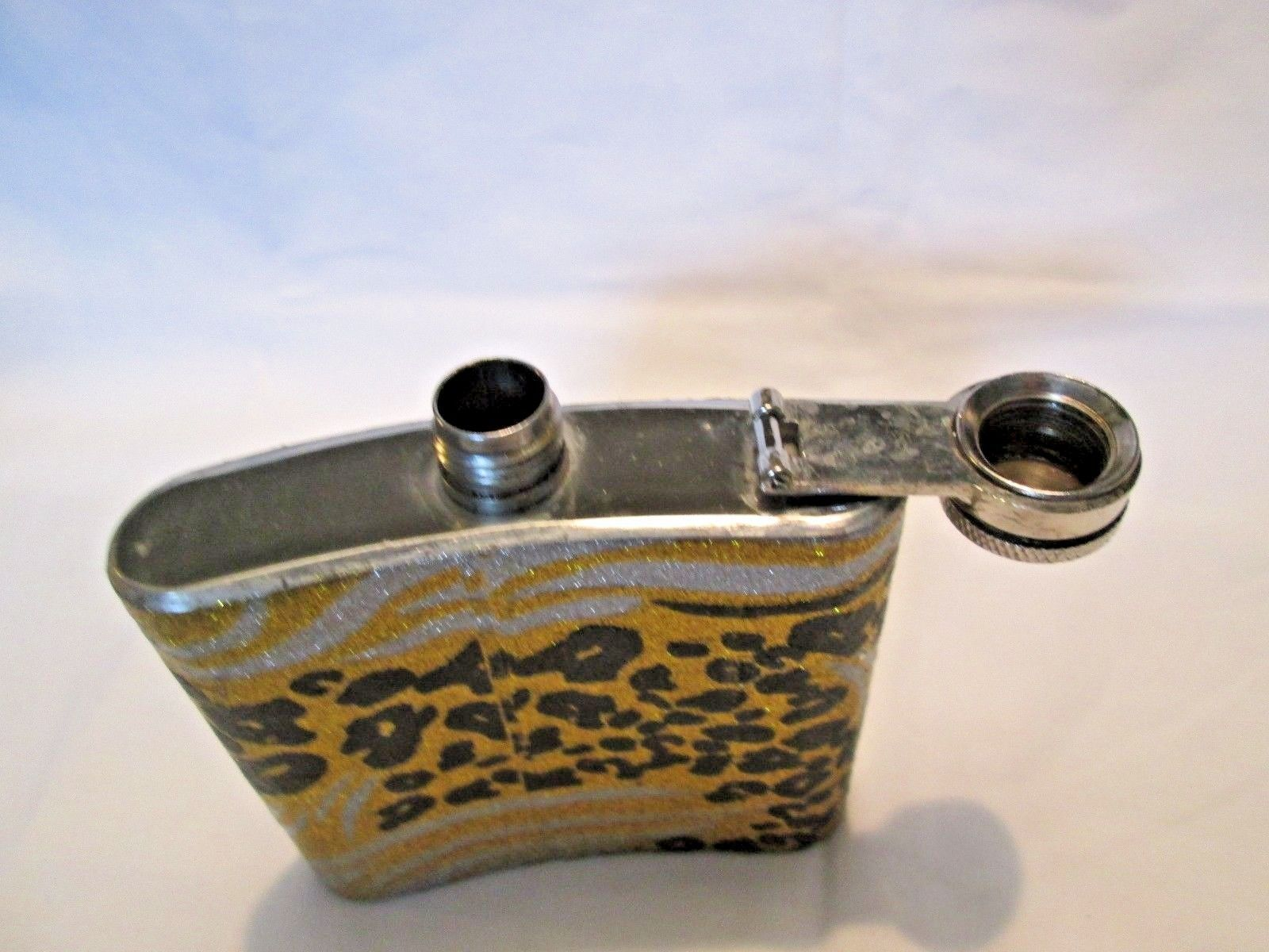 Leopard design stainless steel flask 5 oz