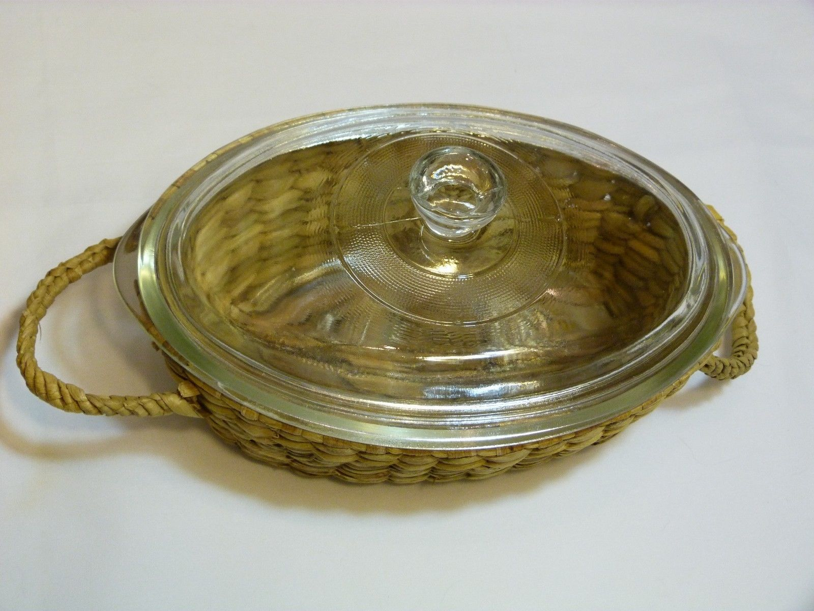Jeanette Glasbake Clear Glass Oval 1 QT Casserole J235 in Basket New Old Stock