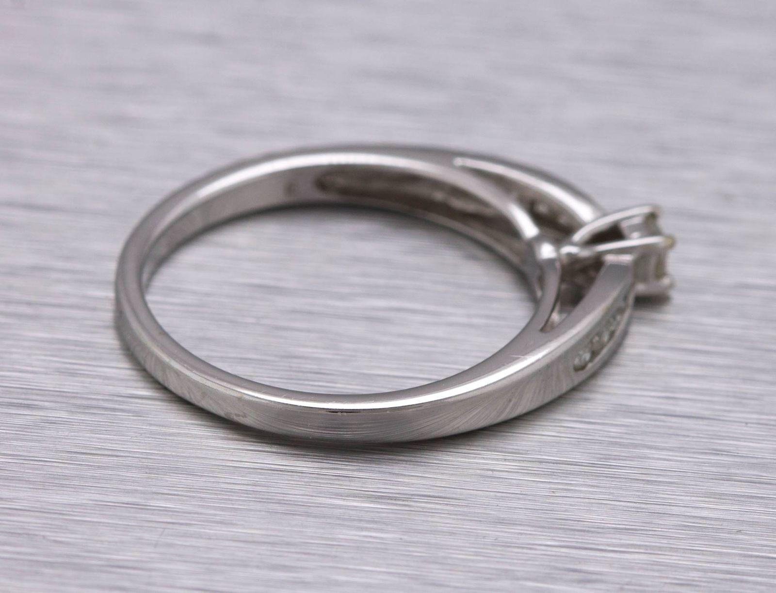 Genuine 0.25ctw Round Cut Diamond Ladies Modern 5-Stone Wedding Band 10K Gold