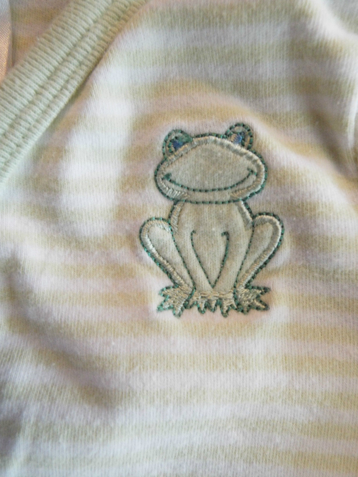 Boy's Size 3-6 M Month 1 Pc C.C. Green Striped Frog Embroider Front & Bum Romper