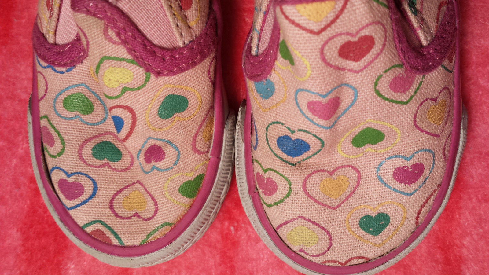 Girl's Size 4 Pink Heart Desinged Slip On The Children's Place Loafer Shoes GUC