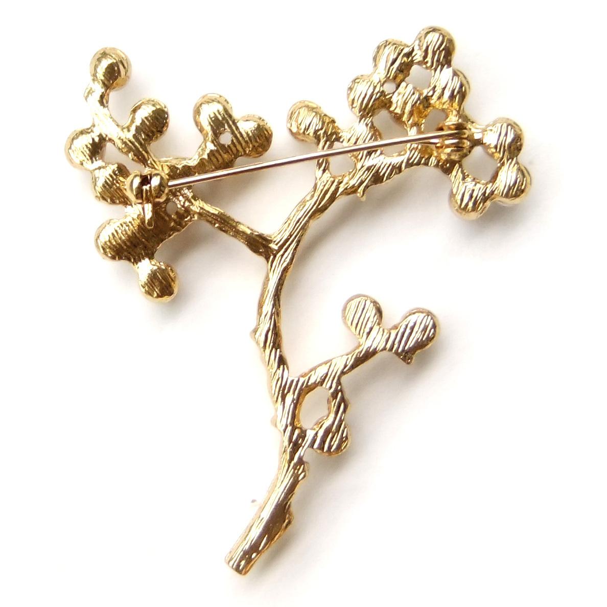 Tree Branch White Flower Fruit Pearl Vintage Elegant Exquisite Simple Brooch Pin