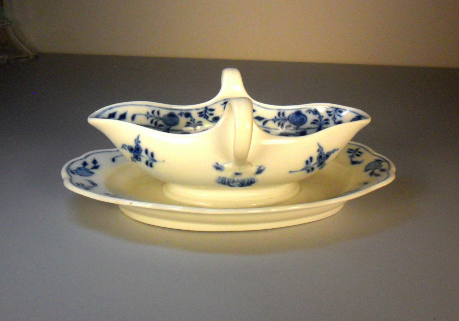 Antique Meissen Blue Onion Double Handled Sauce-Gravy Boat W/Underplate