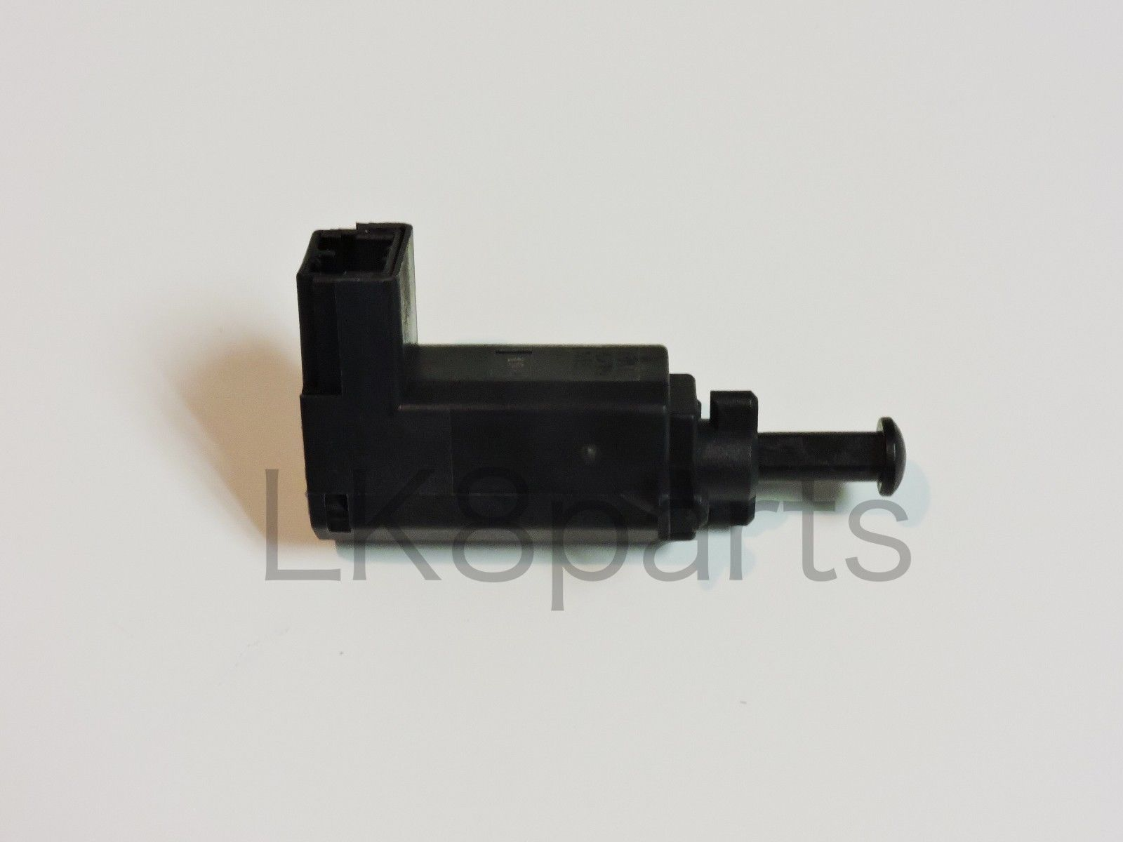 LAND ROVER DISCOVERY 2 1999-2004 BRAKE STOP PEDAL LIGHT SWITCH ASSY # XKB100170