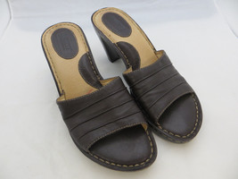 BORN Women's Brown Slides Mules Heels Slip On Soft Leather Sandals Sz 7 / 38 EUC - $29.69