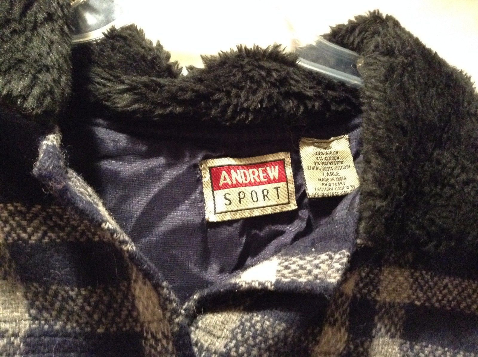Great Andrew Sport Large Blue Gray Plaid Flannel Black Fur Collar Button Jacket