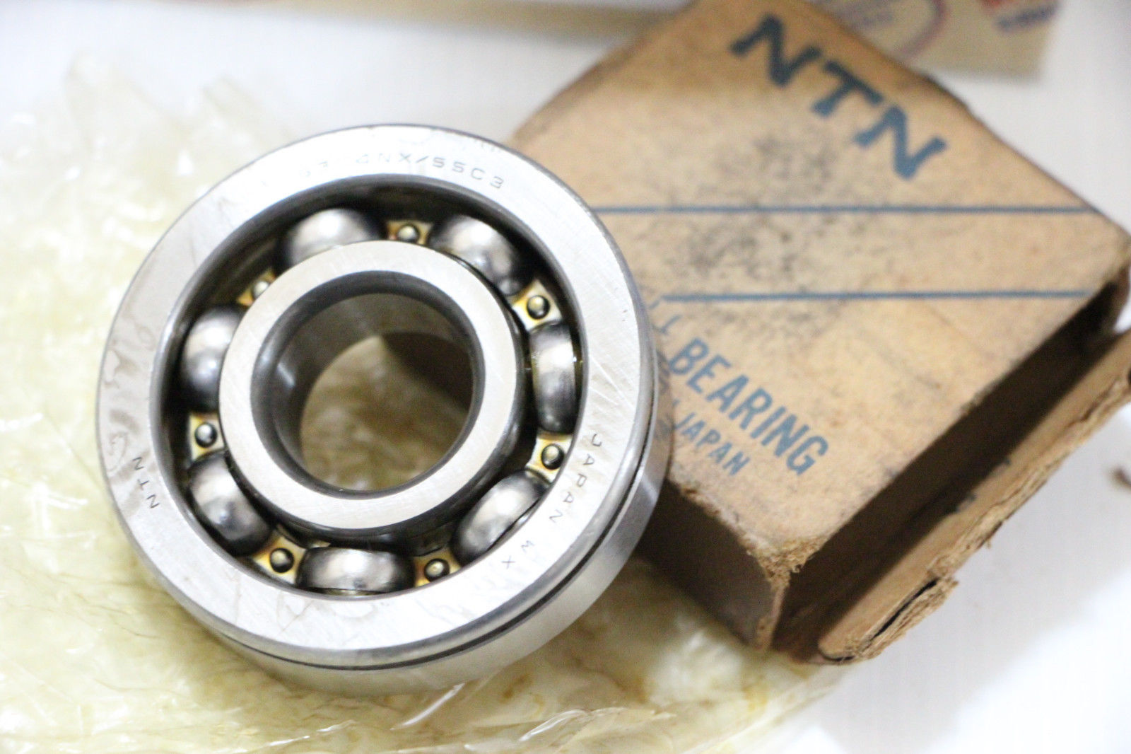 BEARING Ball 6304NX/SSC3 NTN Made in Japan NOS.