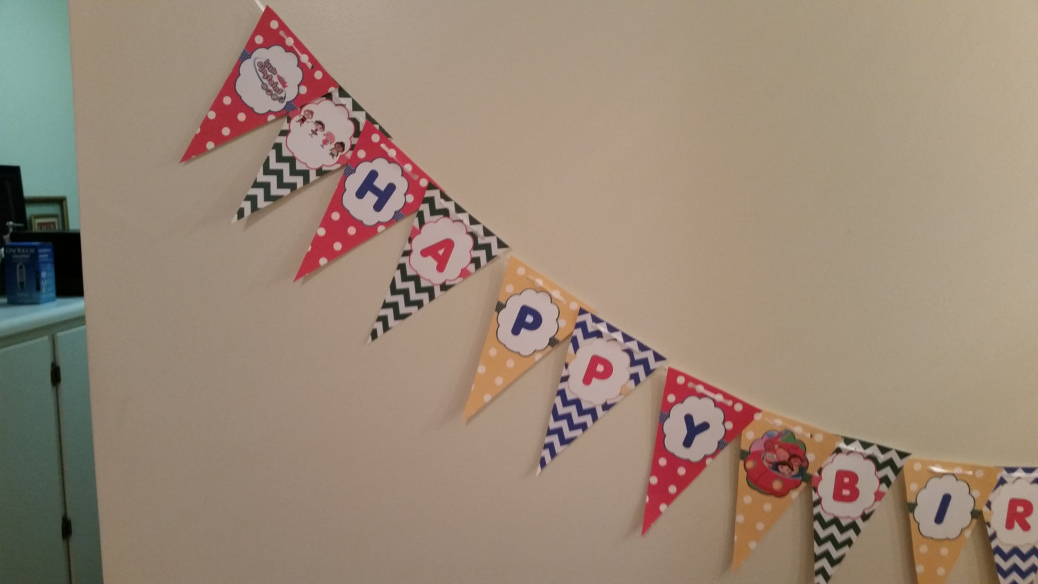"""Little Einsteins banner says """"Happy Birthday"""" and is printed on cardstock & ship"""