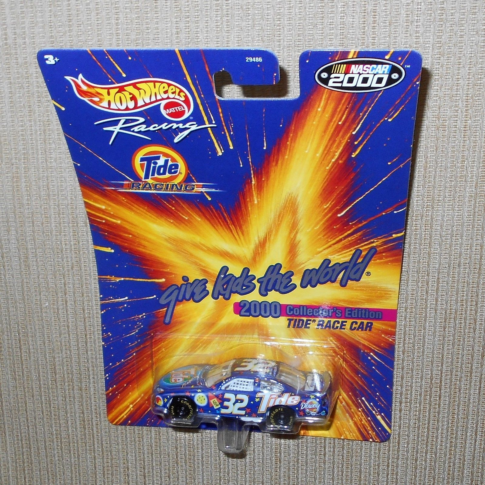 Hot Wheels 1:64 Scale Nascar 2000 Series TIDE COLLECTOR/'S EDITION CAR #32