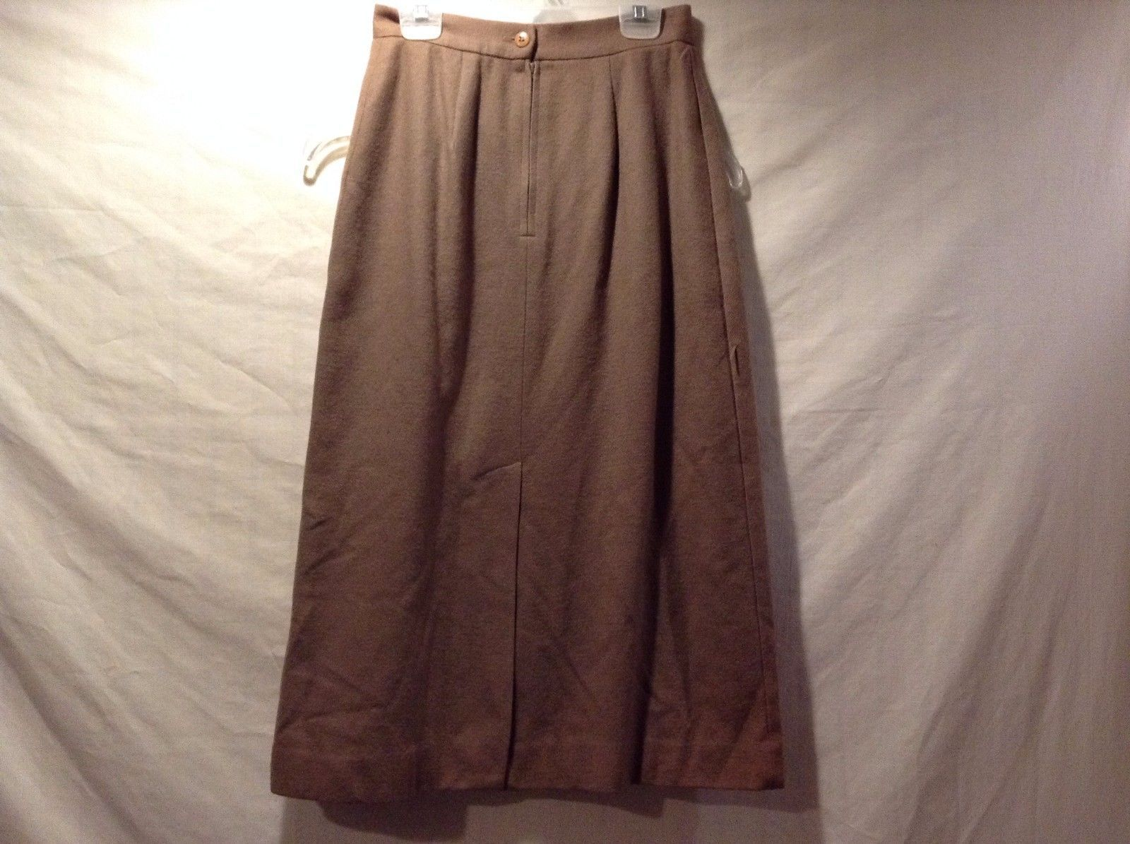 Great Condition Stephen Douglas Ltd. Size 4 Acetate Brown Skirt Button Zip