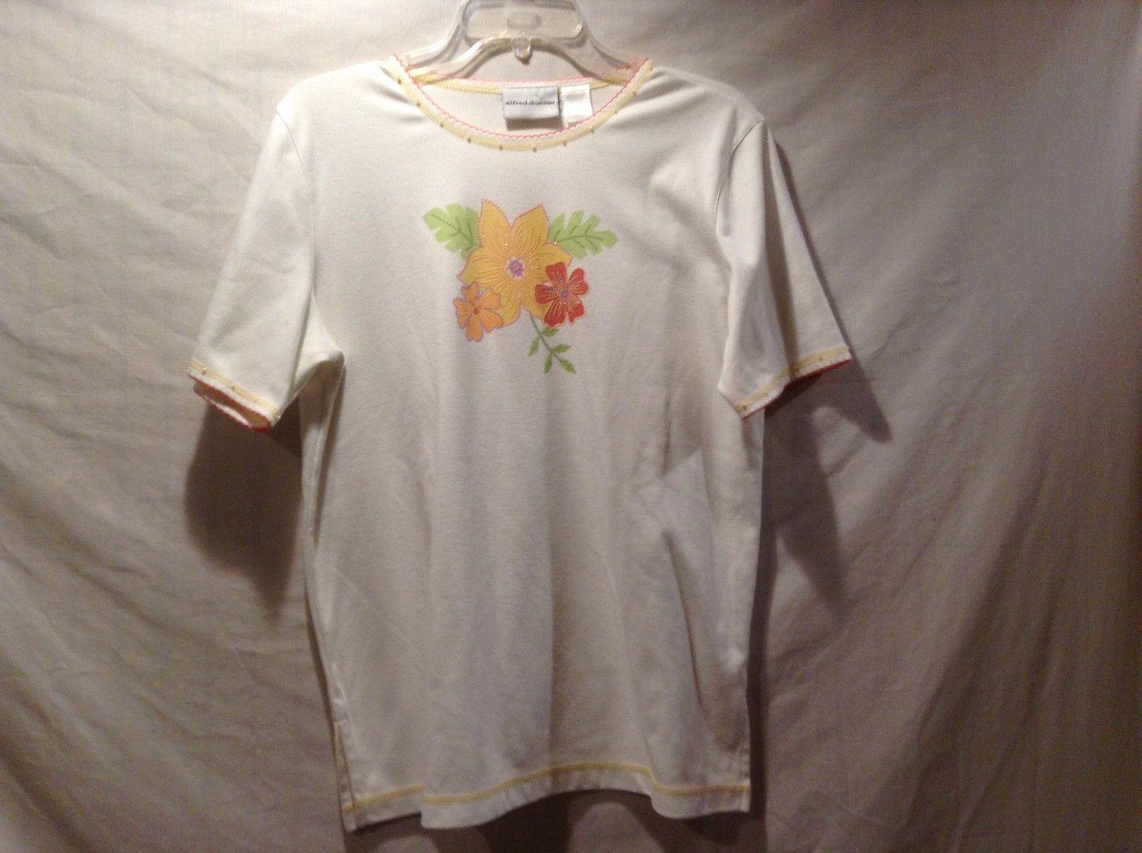 Great Condition Alfred Dunner White Flower Print Yellow Orange Bead Trim Shirt