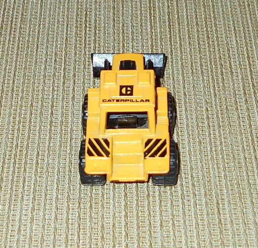 Lesney Matchbox Superfast Caterpillar Tractor Shovel No 29, 1976 Made in England